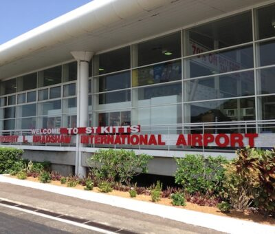 ST. KITTS AND NEVIS' BORDERS REMAIN CLOSED TO INTERNATIONAL COMMERCIAL FLIGHTS AND VISITORS, SAYS PM HARRIS