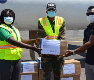 ST. KITTS-NEVIS RECEIVES PERSONAL PROTECTIVE EQUIPMENT FROM USSOUTHCOM